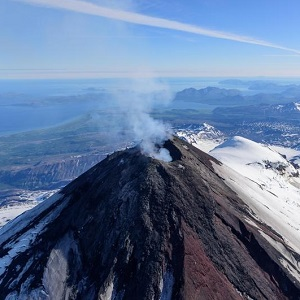 Historically Active Volcanoes of Alaska thumbnail image
